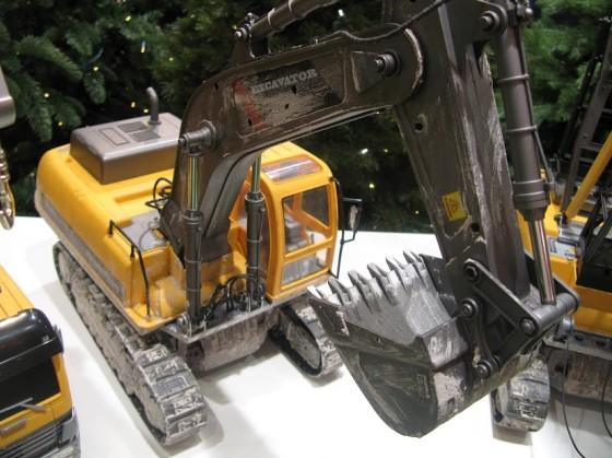 Hobby Engine экскаватор