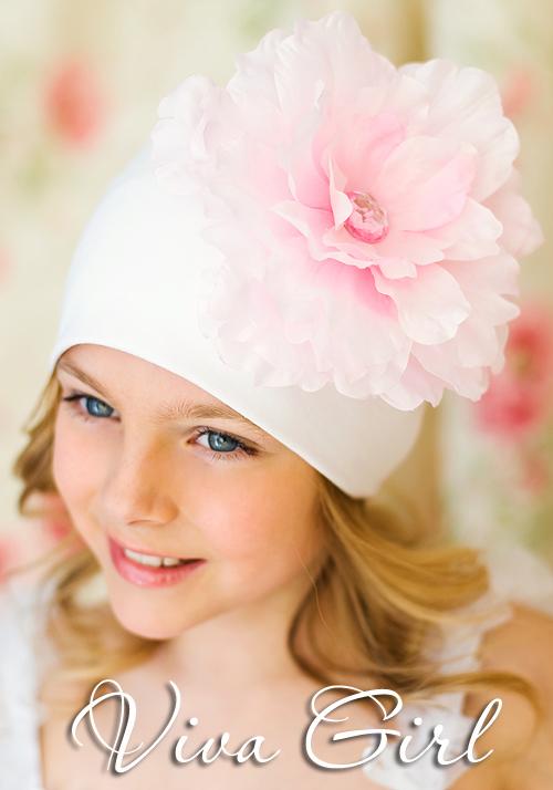 Viva Girl шапочка с пионом