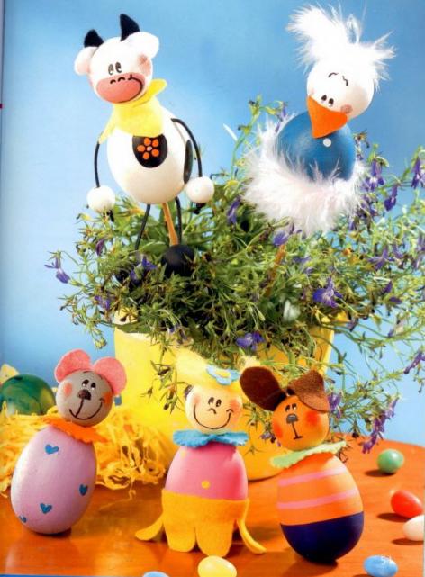 декорировать яйца с ребенком