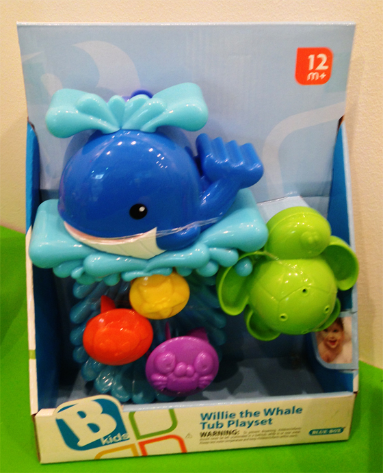 willie the whale tub playset