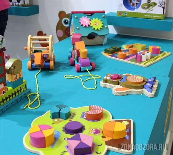 яркие игрушки для самых маленьких