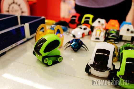 Deskpets cars